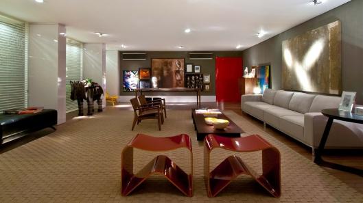 projeto-dos-designers-de-interiores-mauricio-christen-e-claudio-schramm-de-blumenau-o-living-intimista-tem-iluminacao-pontual-e-os-poucos-moveis-em-105-m-a-casa-cor-santa-catarina-136882156303
